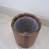 toiletbørste med PU indsats siddende i